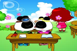 熊貓課堂偷吻